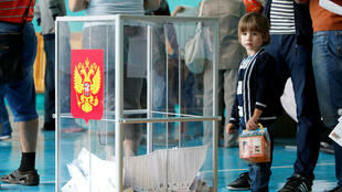 Sessão eleitoral em Stavropol, na Rússia.