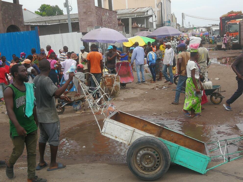L'entrée du marché Total à Brazzaville, le 17 avril 2020 (image d'illustration).