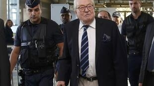 National Front founder Jean-Marie Le Pen arrives for a trial at the courthouse in Nanterre, near Paris on October 5, 2016.