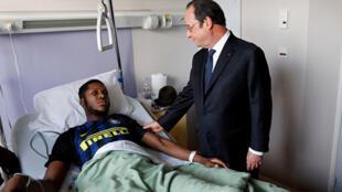 2020-11-27 france police violence theo luhaka president francois hollande