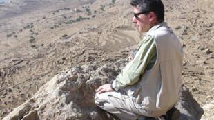 Roberto Macchiarelli dans la région de Timaha, au Yémen