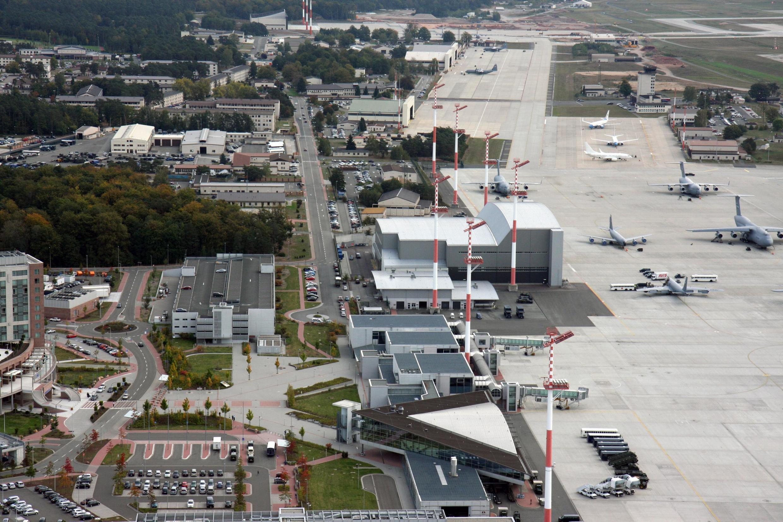 Căn cứ không quân Mỹ tại Rammstein, Đức.