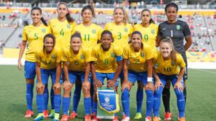 Seleção Brasileira de Futebol Feminino, durante partida contra seleção de México, na disputa do Panamericano de Toronto 2015.