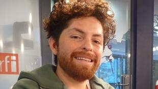 Luis Guenel en los estudios de RFI