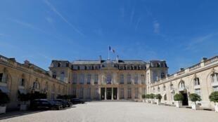 Администрация президента Франции - Елисейский дворец