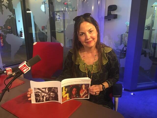 A artista plástica brasileira Cláudia Campos.