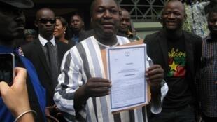 Parmi les candidats à la présidentielle, Zéphirin Diabré, chef de file de l'opposition sous Compaoré. Ici, lors de son dépôt de candidature en août 2015.