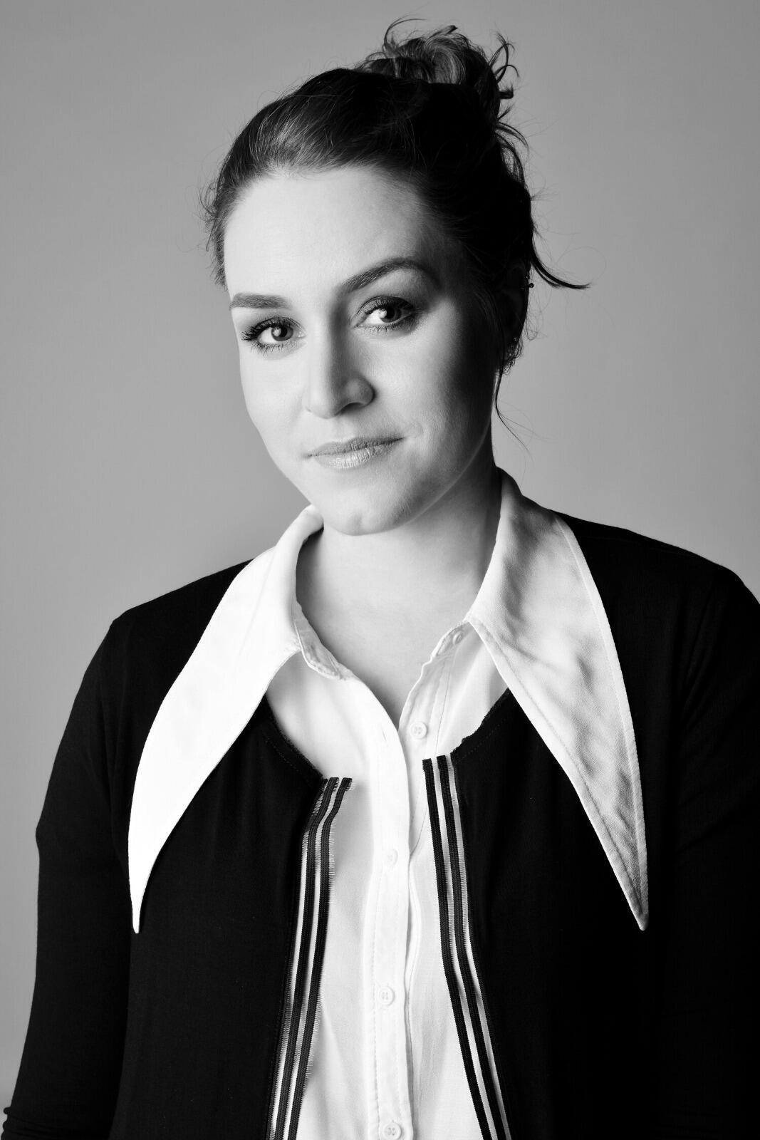 """A brasileira Daniela Medeiros, que desenhou cenários do filme """"Mank"""" e também concorre ao Oscar com a equipe na categoria de Melhor Design de Produção."""