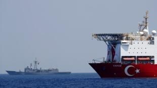 Un navire turc déployé en Méditerranée orientale, au centre de tensions entre la Turquie et la Grèce qui se disputent cette zone potentiellement riche en gaz naturel. (Image d'illustration)