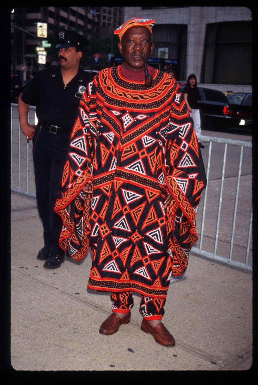 Ousmane Sembène lors de la première du film «Lone Star», le 10 juin 1996 à New York, aux Etats-Unis.