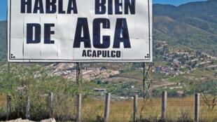 L'association « Habla bien de Aca » (parle bien d'Aca) tente de redonner à cette station balnéaire une image positive pour attirer les touristes effrayés par l'insécurité.