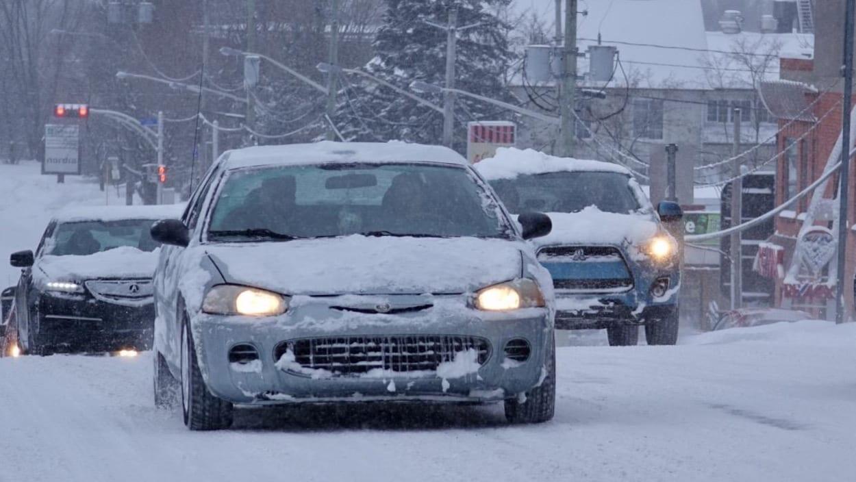 加拿大魁北克省南部城市舍布魯克( Sherbrooke)風雪交加,車輛出行困難        2019年1月28日