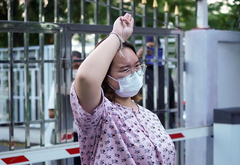 "Thaïlande Protestatire Panusaya Sithijirawattanaku dite  ""Rung"""