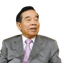 香港新世界地产王国创办人 周大福珠宝的老掌门人郑裕彤