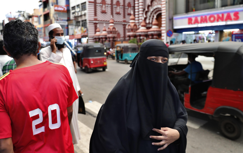 Sri Lanka - Colombo - Burqa - AP21072501817056