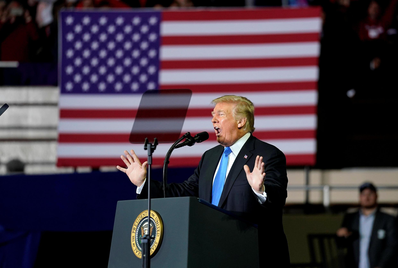 美國總統特朗普在一次集會上發表講話 2018年10月13日