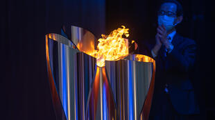 Organisers insist the Olympic torch relay can be held safely under strict antivirus guidelines