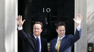 David Cameron et Nick Clegg au 10, Downing Street, la résidence du Premier ministre à Londres.