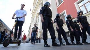 Константин Коновалов стал одним из первых задержанных 27 июля в Москве