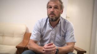 Sébastien Chabaud-Pétronin (illustration) lors d'un entretien à l'AFP, RFI et Radio France en novembre 2018.