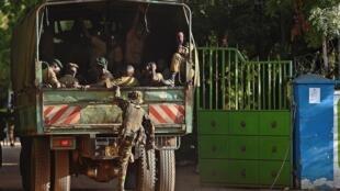 Kikosi cha Ulinzi cha Kenya baada ya shambulio la wanamgambo wa Al Shabab katika Chuo Kikuu cha Garissa Aprili 2015.