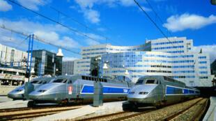 Sarkozy inaugurou as obras do primeiro TGV em África