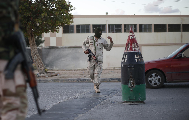 Un militaire libyen à Benghazi, en novembre 2013.