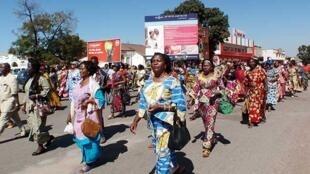 Marche des femmes à Lubumbashi contre les violences sexuelles, le 20 mai 2014.