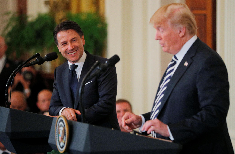 دونالد ترامپ، رئیس جمهوری آمریکا، در کنفرانس مطبوعاتی مشترک با رئیس شورای وزیران ایتالیا، جوزپه کونته، در کاخ سفید – ٣٠ ژوئیه ٢٠١٨