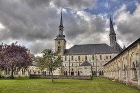 法國北加萊區沙特勒斯― 諾伊維爾修道院 (Chatreuse Neuville)