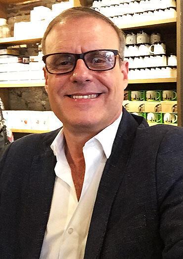 El economista cubano Mauricio de Miranda, profesor en la Universidad Javeriana de Cali, Colombia.