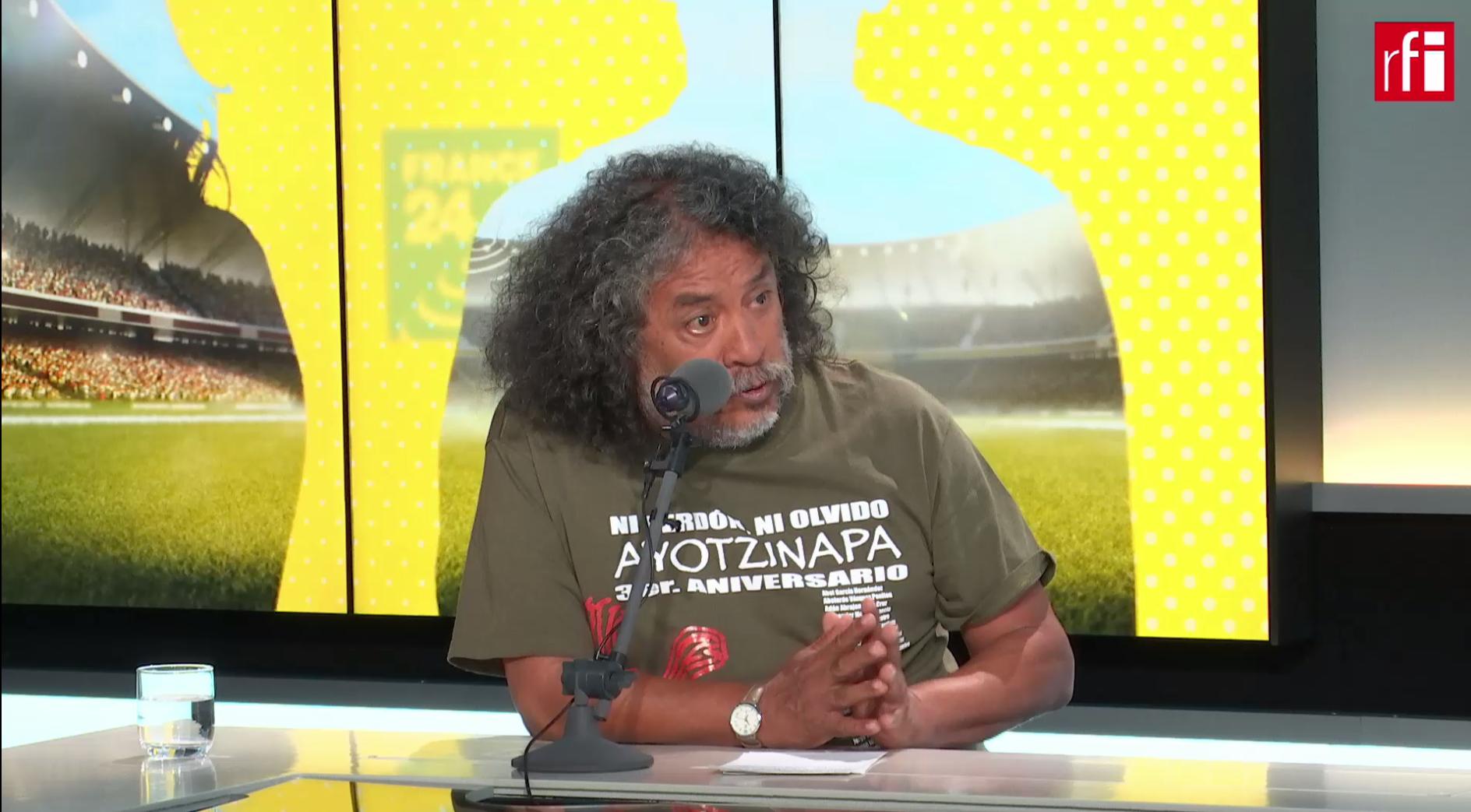 El periodista mexicano Segio Ocampo hizo Escala en París.