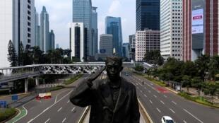 Dịch Covid-19: Đường phố Jakarta gần như không một bóng người. Ảnh chụp ngày 10/04/2020.