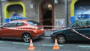 Entrada do prédio na cidade de Vitória de onde o homem atirou a bebê na madrugada de segunda-feira (25).