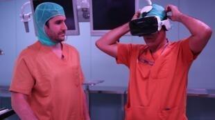 Los doctores Víctor Barro y Alejandro Hernández, impulsores del proyecto.
