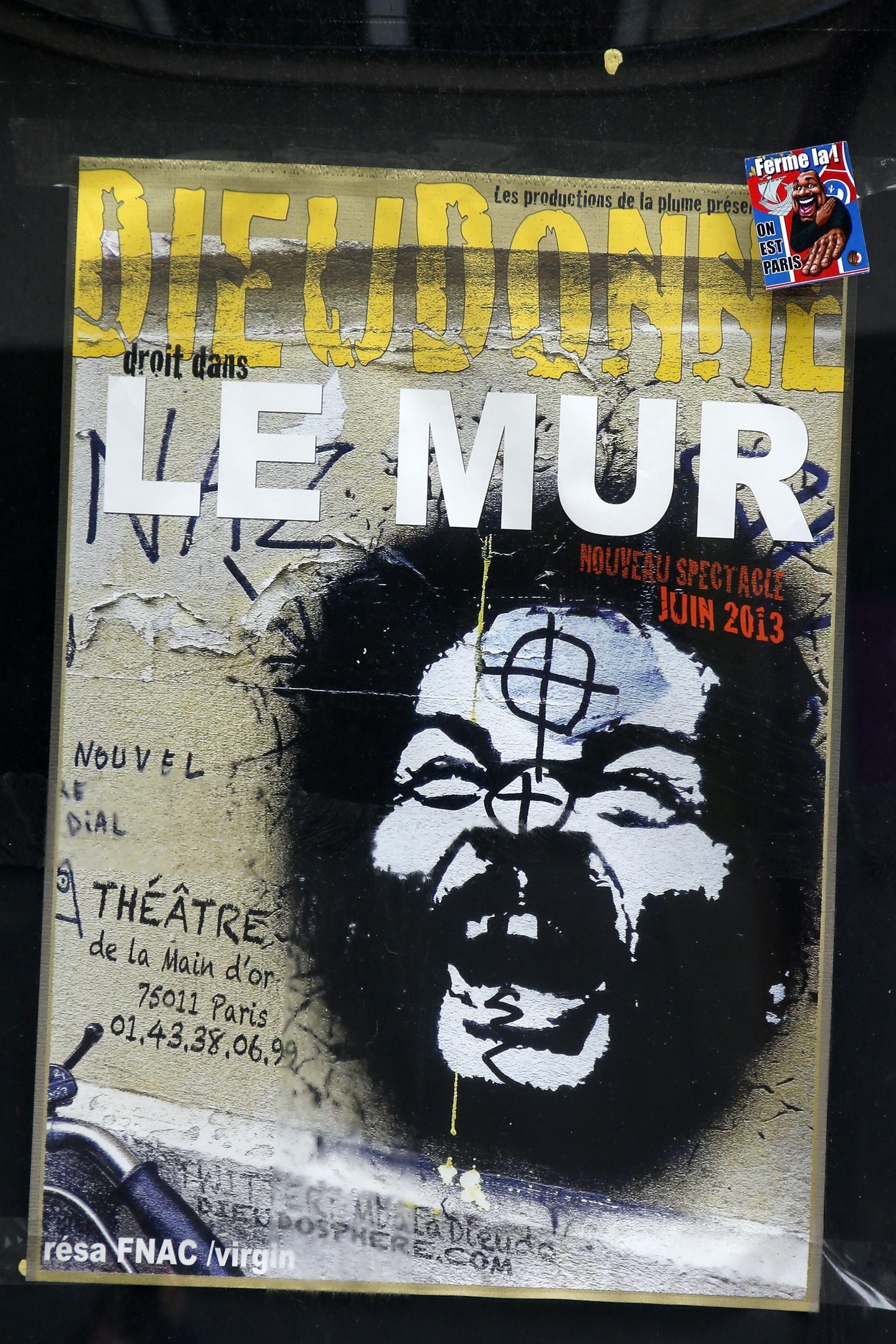 L'affiche du one-man-show «Le Mur» que l'humoriste Dieudonné va donner lors de sa tournée dans 22 villes à partir du 9 janvier 2014.