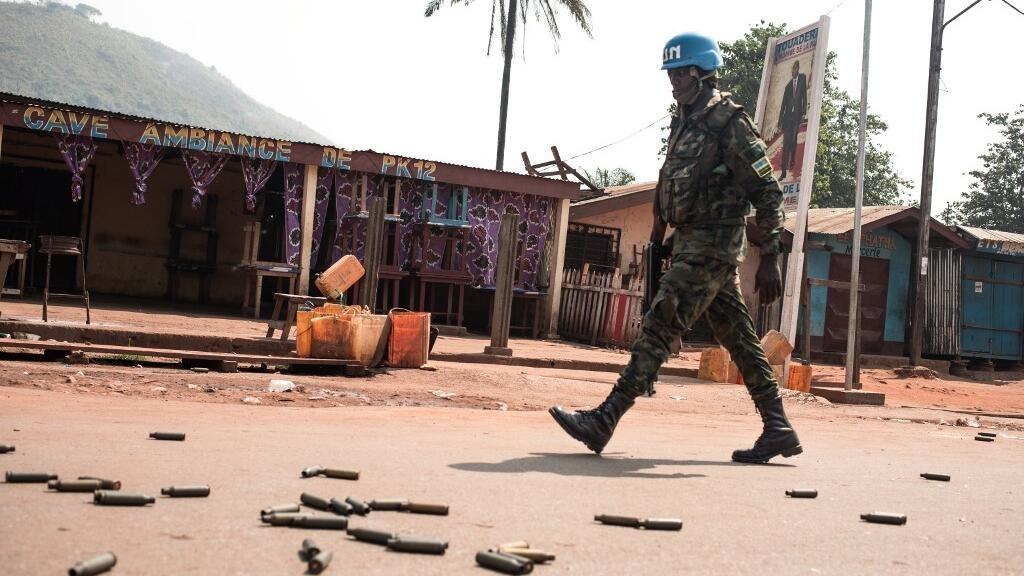 Centrafrique: partis politiques et société civile condamnent l'offensive sur Bangui
