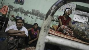 Des victimes de violences communautaires, entre musulmans et bouddhistes, dans l'Etat de l'Arakan, à l'ouest de la Birmanie. Photo datée du 25 octobre 2012.
