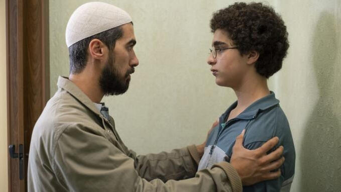نمایی از فیلم احمد جوان