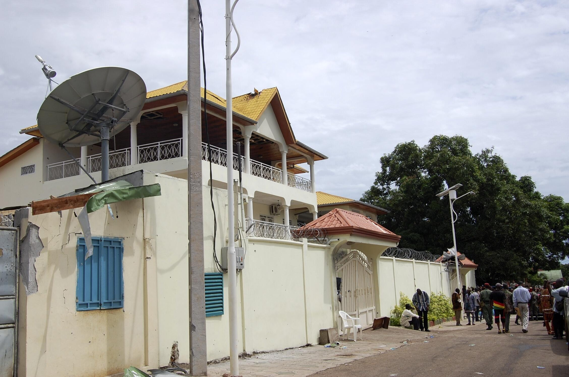 Vue extérieure de la résidence du président guinéen  Alpha Condé à Conakry le 19 juillet 2011.