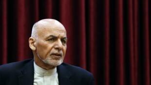 O presidente afegão, Ashraf Ghani, havia anunciado o prolongamento da trégua parcial até 10 de março, mas os ataques foram retomados nesta segunda-feira (2).