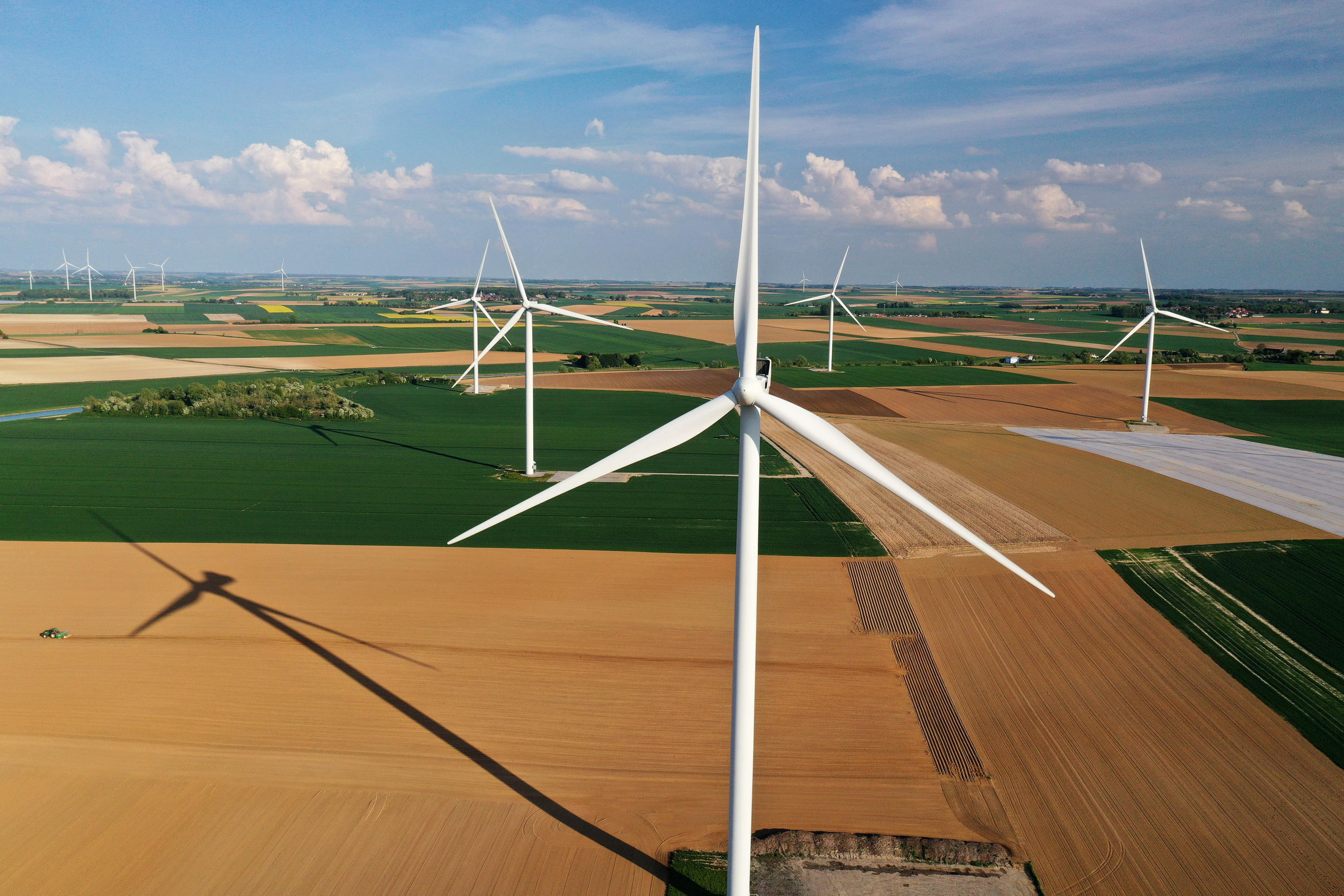 2020-04-27T180653Z_1477661145_RC26DG9NCDR7_RTRMADP_3_FRANCE-ENERGY