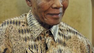 O ex-presidente sul-africano e prêmio Nobel da Paz Nelson Mandela, em foto de maio de 2011.