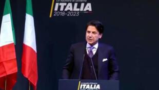 Futuro chefe de governo italiano é acusado de mentir em currículo