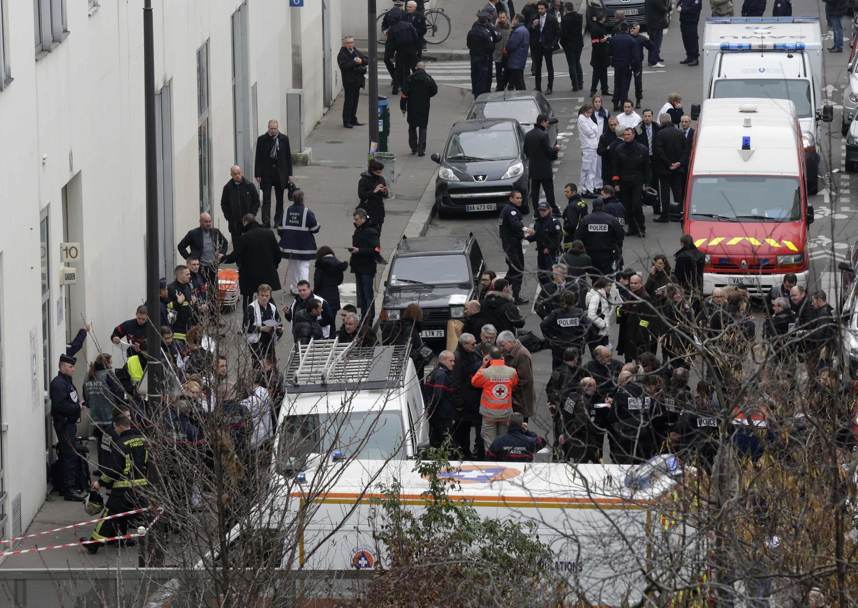 Une vue du siège de Charlie Hebdo peu après la fusillade, le 7 janvier 2015.