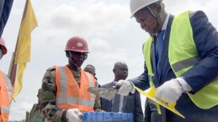 Le président centrafricain a posé la première pierre de la future grande base logistique des armées du pays, le 15 août 2019 près de la capitale Bangui.