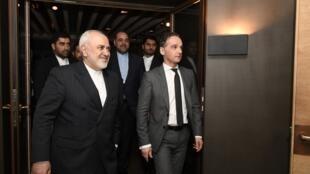 محمد جواد ظریف همچنین در دیدار با همتای آلمانی خود هایکو ماس در حاشیۀ نشست کنفرانس امنیتی مونیخ، دربارۀ اوضاع سیاسی و امنیتی منطقه، تعهدات اروپا در قبال برجام و بررسی راه های تقویت اعتماد و همکاری میان اروپا و ایران، به تبادل نظر پرداختند.