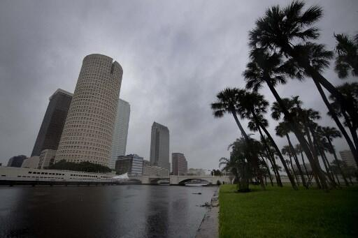 Tampa, située sur la côte ouest de la Floride, attend l'arrivée de l'ouragan Irma, le 10 septembre 2017.