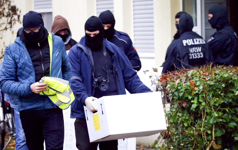 Polícia realiza batida em um apartamento na cidade de Bonn na Alemanha