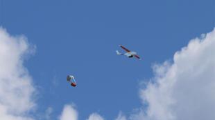 Le drone Zip, de Zipline International, permet la livraison aéroportée de médicaments et de poches de sang aux hôpitaux.